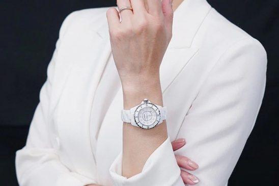 シャネル J12 ホワイト H1628 ダイヤモンド